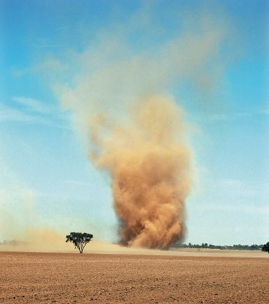 Dust devil, Wirrabilla Farms, Birchip, Victoria, 12 March 2006. Photograph courtesy of John Ferrier. (from http://www.bom.gov.au/storm_spotters/handbook/dont_be_deceived.shtml)